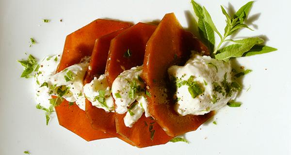 zucca marinata e mozzarella di bufala